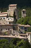 Europe/France/Rhône-Alpes/26/Drôme/Le Poët-Laval:Ancienne commanderie de l'ordre de Malte - le village médiéval