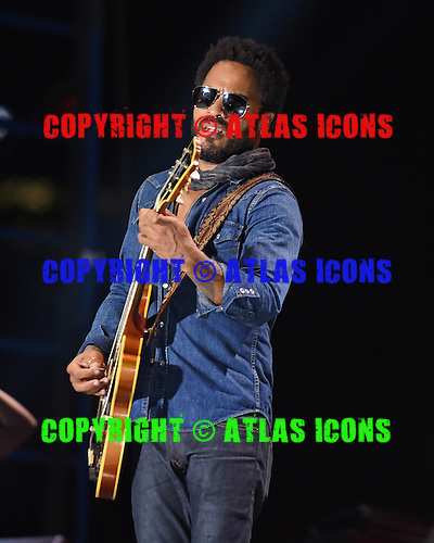 WEST PALM BEACH - APRIL 29: Lenny Kravitz performs during Sunfest on April 29, 2015 in West Palm Beach, Florida.(Photo By Larry Marano (C) 2015