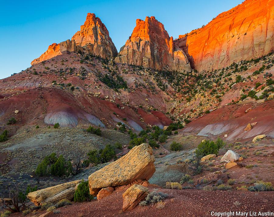 Grand Staircase-Escalante National Monument, UT: Sunrise on Circle Cliffs