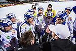Stockholm 2013-11-08 Bandy Elitserien Hammarby IF - Villa Lidk&ouml;ping BK :  <br /> Villa Lidk&ouml;ping spelare under en timeout<br /> (Foto: Kenta J&ouml;nsson) Nyckelord: