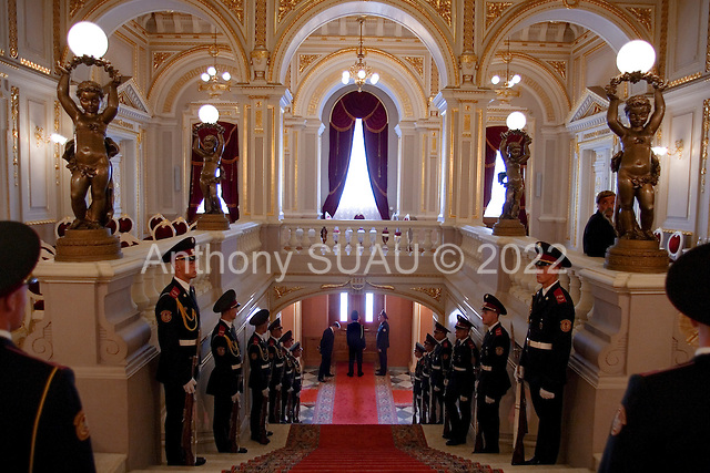 Kiev, Ukraine.August 24, 2005 ..Inside the Mariinkiy Palace on Independence Day in Kiev ... awaiting the arrival of Ukraine President Victor Yushchinko, Prime Minister Yulia Tymoshenko and  Volodymyr Lytvyn, speaker of the Ukrainian Parliament.