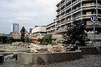 Frankfurt: Looking from the Domplatz to Romerberg. Photo '87.