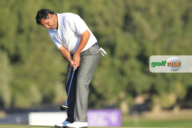 Ricardo GONZALEZ (ARG) putts on the 7th green during Thursday's Round 2 of the 2015 Commercial Bank Qatar Masters held at Doha Golf Club, Doha, Qatar.: Picture Eoin Clarke, www.golffile.ie: 1/22/2015