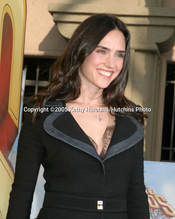 Jennifer Connelly arriving  at the MTV Movie Awards at the Shrine Auditorium, .Los Angeles, CA.June 4, 2005.©2005 Kathy Hutchins / Hutchins Photo