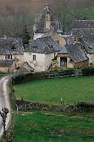 Europe/France/Auvergne/12/Aveyron/Env. d'Entraygues-sur-Truyère: Maisons rouergates