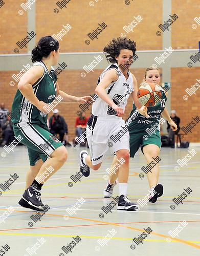 2013-05-11 / Basketbal / seizoen 2012-2013 / Finale beker Van Antwerpen / Gembo - BC Cobras / Byloïs (Cobras) ..Foto: Mpics.be