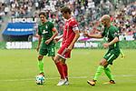 15.07.2017, Borussia Park, Moenchengladbach, GER, TELEKOM CUP 2017 Finale - SV Werder Bremen vs FC Bayern Muenchen<br /> <br /> im Bild<br /> Thomas Delaney (Werder Bremen #6), Thomas M&uuml;ller / Mueller (FC Bayern Muenchen #25), Luca Caldirola (Werder Bremen #3), <br /> <br /> Foto &copy; nordphoto / Ewert
