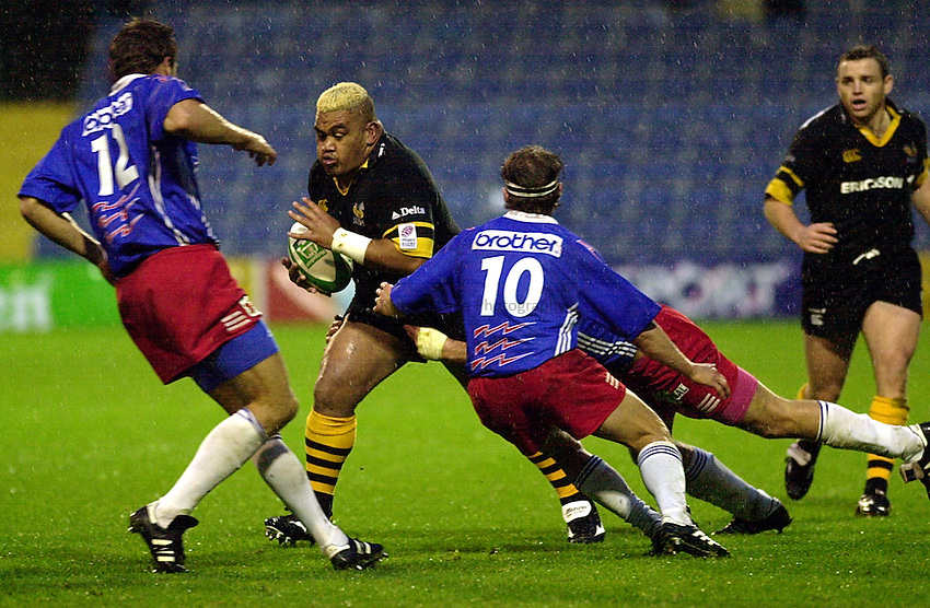photo Ken Brown.29.10.2000 Heineken Cup - Wasps v Stade Francais.Trevor Leota