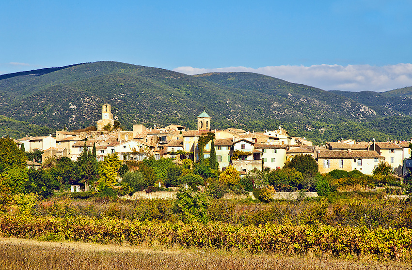 View of Lourmarin in October, with fall colors
