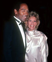 OJ Simpson Dinah Shore 1985<br /> Photo By John Barrett/PHOTOlink.net