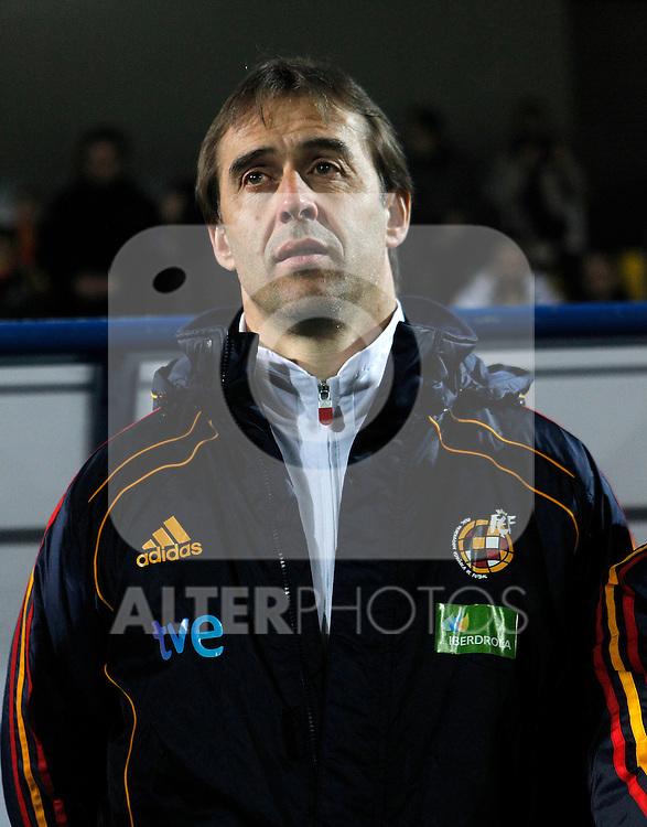 Spain's coach Julen Lopetegui during Sub-21 international friendly match.February 8,2011. (ALTERPHOTOS/Acero)