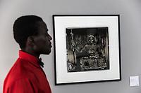 Profilo e fotografioa della serie Voudoun di J.D. Burton