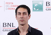 Il regista argentino Pablo Aguero posa durante un photocall per la presentazione del suo film 'Eva no duerme' al Festival Internazionale del Film di Roma, 20 ottobre 2015.<br /> Argentine director Pablo Aguero poses for a photocall to present his movie 'Eva no duerme' during the international Rome Film Festival at Rome's Auditorium, 20 October 2015 .<br /> UPDATE IMAGES PRESS/Isabella Bonotto