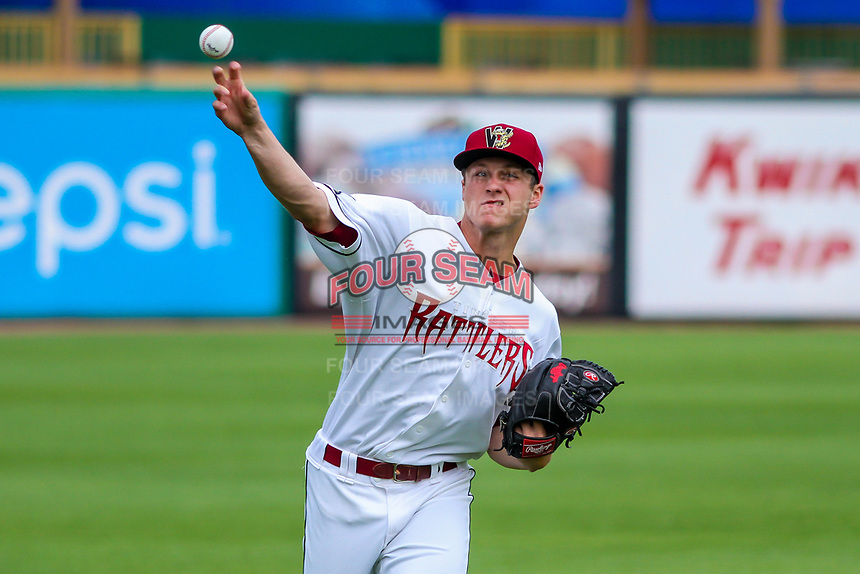 Wisconsin Timber Rattlers pitcher Zack Brown (17) warms up prior to game one of a Midwest League doubleheader against the Kane County Cougars on June 23, 2017 at Fox Cities Stadium in Appleton, Wisconsin.  Kane County defeated Wisconsin 4-3. (Brad Krause/Four Seam Images)