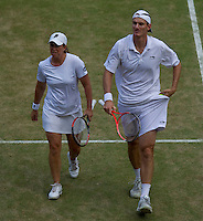 Wesley Moodie RSA (11)/ Lisa Raymond USA (11) against   Leander Paes IND (2)/ Cara Black ZIM (2) in the final of the mixed doubles. Paes & Black beat Moodie & Raymond 6-4 7-6..Tennis - Wimbledon Lawn Tennis Championships - Day 13 Sun 4th Jul 2010 -  All England Lawn Tennis and Croquet Club - Wimbledon - London - England..© FREY - AMN IMAGES  Level 1, Barry House, 20-22 Worple Road, London, SW19 4DH.TEL - +44 (0) 20 8947 0100.Email - mfrey@advantagemedianet.com.www.advantagemedianet.com