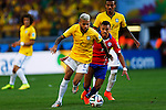 Daniel Alves (BRA), Alexis Sanchez (CHI),<br /> JUNE 28, 2014 - Football / Soccer :<br /> FIFA World Cup Brazil 2014 Round of 16 match between Brazil 1(3-2)1 Chile at Estadio Mineirao in Belo Horizonte, Brazil. (Photo by D.Nakashima/AFLO)