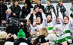 Stockholm 2015-03-14 Bandy SM-final herrar Sandvikens AIK - V&auml;ster&aring;s SK :  <br /> V&auml;ster&aring;s Simon Folkesson , Ted Bergstr&ouml;m , Anders Bruun och Jonas Nilsson jublar med lagkamrater efter matchen mellan Sandvikens AIK och V&auml;ster&aring;s SK <br /> (Foto: Kenta J&ouml;nsson) Nyckelord:  SM SM-final final Bandyfinal Bandyfinalen herr herrar VSK V&auml;ster&aring;s SAIK Sandviken jubel gl&auml;dje lycka glad happy