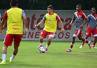 SÃO PAULO.SP.26.08.2014 - TREINO SÃO PAULO  - Osvaldo durante o treino do São Paulo F.C na manha desta terça-feira 26 no CT da Barra Funda região oeste.  ( Foto: Bruno Ulivieri / Brazil Photo Press )