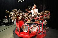 "dOCUMENTA (13) in Kassel, Germany..Friedericianum..Llyn Foulkes playing ""The Machine""."