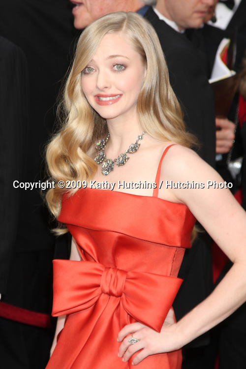 Amanda Seyfried   arriving at the 81st Academy Awards at the Kodak Theater in Los Angeles, CA  on.February 22, 2009.©2009 Kathy Hutchins / Hutchins Photo...                .