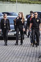 """SÃO PAULO,SP, 23.06.2016 - LAVA-JATO - Movimentação na sede da Policia Federal em São Paulo, durante 18ª fase da Operação Lava Jato batizada de """"Custo Brasil""""  nesta quinta-feira, 23. (Foto: Marcio Ribeiro/Brazil Photo Press)"""