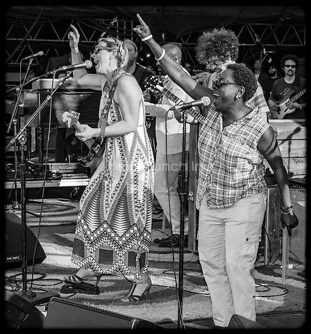 Tedeschi Trucks Band photographed at Gathering of the Vibese Park, Bridgeport, CT July 31, 2015 ©Jay Blakesberg / MediaPunch