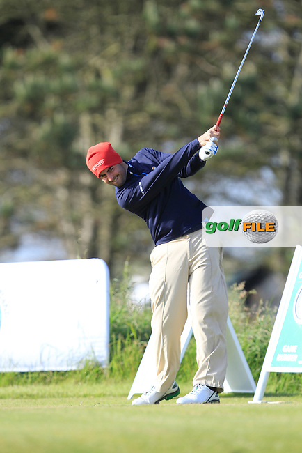 Liam Hutchinson (The Royal Dublin) on the 1st tee during Round 2 of the Irish Amateur Close Championship at Seapoint Golf Club on Sunday 8th June 2014.<br /> Picture:  Thos Caffrey / www.golffile.ie