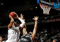 Real Madrid's Marcus Slaughter and Brose's Sharrod Ford during Euroliga match. February 28,2013.(ALTERPHOTOS/Alconada)