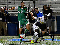 HEMPSTEAD - USA. 13-07-2016: Adam Moffat (Izq) jugador del New York Cosmos disputa el balón con Pascal Millien (Der) jugador de Jacksonville Armada FC durante partido por la temporada de otoño 2016 de la North American Soccer League (NASL) jugado en el estadio James M. Shuart Stadium de la ciudad de Hempstead, NY./ Adam Moffat (L) player of New York Cosmos vies for the ball with Pascal Millien (R) player of Jacksonville Armada FC during match for the fall season 2016 of the  North American Soccer League (NASL) played at James M. Shuart Stadium in Hempstead, NY. Photo: VizzorImage/ Gabriel Aponte / Staff