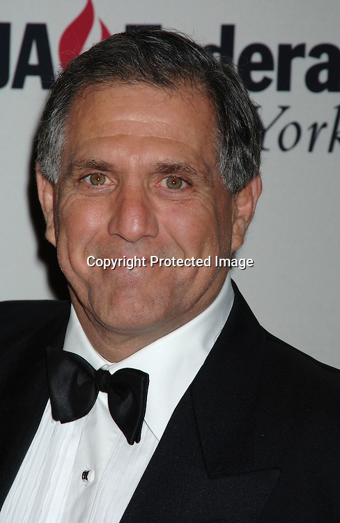 Leslie Moonves ..at The UJA-Federation of New York dinner Honoring ..Richard Parsons, Chariman and CEO of Time Warner Inc..at The 10th Annual Steven J Ross Humanitarian Award..on May 11, 2006 at The Waldorf Astoria Hotel...Robin Platzer, Twin Images