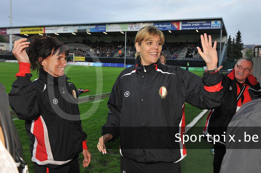 Bekerfinale 2012 : WD Lierse SK - Standard Femina :.vreugde bij Anne Radermacher en Ingrid Vanherle.foto David Catry / Joke Vuylsteke / Vrouwenteam.be