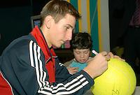 22-2-07,Tennis,Netherlands,Rotterdam,ABNAMROWTT, Autographsession with Thiemo de Bakker