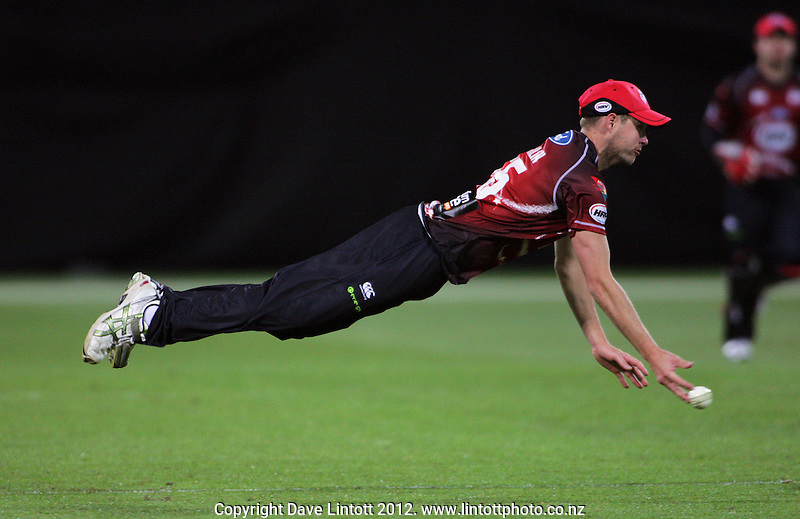Canterbury's Ben Laughlin throws a ball in during the HRV Cup Twenty20 cricket match between Wellington Firebirds and Canterbury Wizards at Westpac Stadium, Wellington, New Zealand on Friday, 9 November 2012. Photo: Dave Lintott / lintottphoto.co.nz