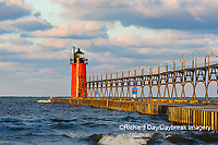 64795-02519 South Haven Lighthouse early morning South Haven,  MI