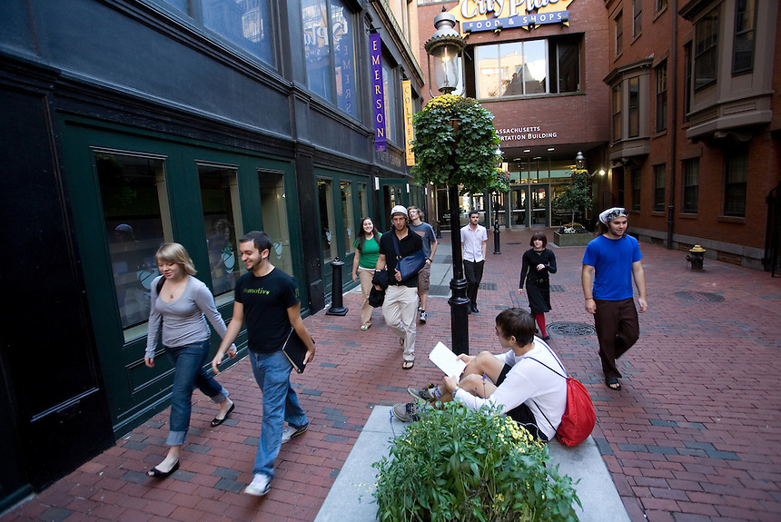 Boylston Place, student, students, male, female, 2007, campus