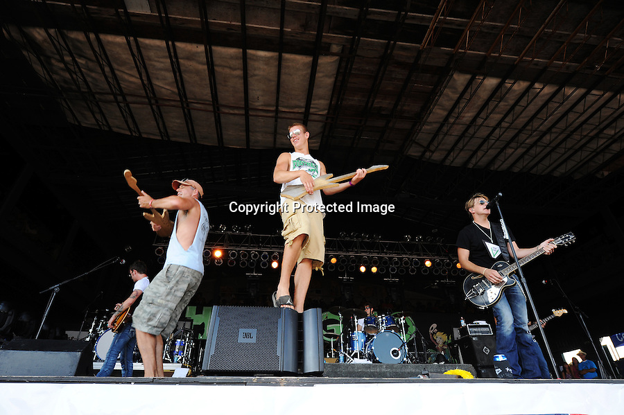 The 2010 Hodag Country Music Festival drew over 20,000 fans during its July 8-11 run at the Hodag Fest grounds near Rhinelander, WI. Among the stars playing were Neal McCoy and Craig Morgan.