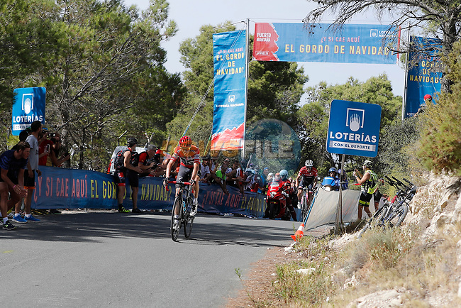Race leader Chris Froome (GBR) Team Sky and Alberto Contador (ESP) Trek Segafredo climb the 22% Alto Xorret de Cat&iacute; during Stage 8 of the 2017 La Vuelta, running 199.5km from Hell&iacute;n to Xorret de Cat&iacute;. Costa Blanca Interior, Spain. 26th August 2017.<br /> Picture: Unipublic/&copy;photogomezsport | Cyclefile<br /> <br /> <br /> All photos usage must carry mandatory copyright credit (&copy; Cyclefile | Unipublic/&copy;photogomezsport)