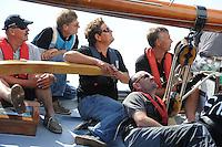 SKUTSJESILEN: ECHTENERBRUG: Tsjûkemar, 16-08-2012, IFKS skûtsjesilen, a-Klasse, skûtsje Hoop op Welvaart, Harry Amsterdam (adviseur), schipper Arnold Veenema, ©foto Martin de Jong