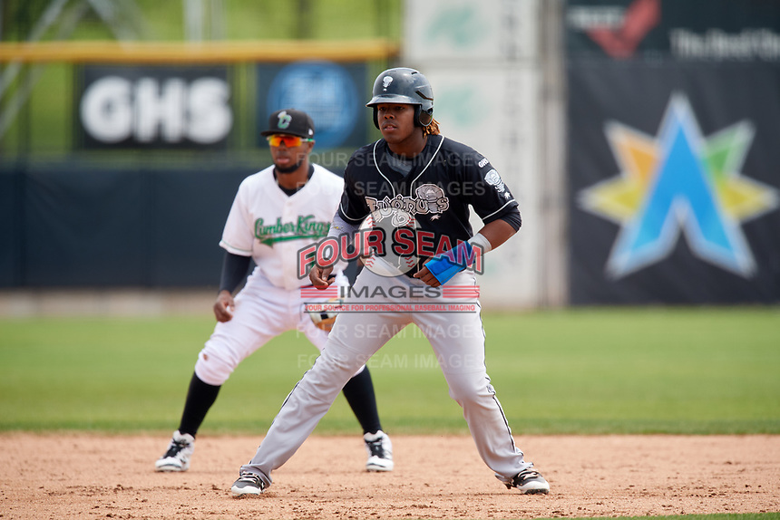 Lansing Lugnuts third baseman Vladimir Guerrero Jr. (27) leads off during a game against the Clinton LumberKings on May 9, 2017 at Ashford University Field in Clinton, Iowa.  Lansing defeated Clinton 11-6.  (Mike Janes/Four Seam Images)