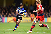 Ben Tapuai of Bath Rugby in possession. Aviva Premiership match, between Bath Rugby and Worcester Warriors on October 7, 2017 at the Recreation Ground in Bath, England. Photo by: Patrick Khachfe / Onside Images