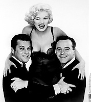 Some Like It Hot (1959)<br /> Promo shot of Marilyn Monroe, Jack Lemmon &amp; Tony Curtis<br /> *Filmstill - Editorial Use Only*<br /> CAP/KFS<br /> Image supplied by Capital Pictures