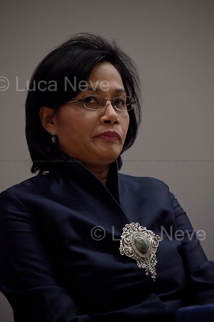 """Sri Mulyani Indrawati, managing director of the World Bank - 2012<br /> <br /> London, 07/02/2012. Today LSE (London School of Economics) presented a public lecture called """"Crises and Revolutions: the reshaping of international development"""" hosted by Sri Mulyani Indrawati (Managing director of the World Bank and former Indonesia's Minister of Finance). Chair of the event was Robert Wade (Professor of Political Economy and Development at the Development Studies Institute - DESTIN, LSE)."""