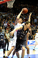 GRONINGEN - Basketbal, Donar - Cluj ,  Europe League, seizoen 2017-2018, 24-01-2018,  Donar speler Thomas Koenes met Cluj  speler  Andrei Kalnichenko