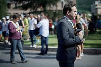 off-beat (in the 34°C heat) Tour stand-up by ESPN<br /> <br /> stage 16: Bourg de Péage - Gap (201km)<br /> 2015 Tour de France