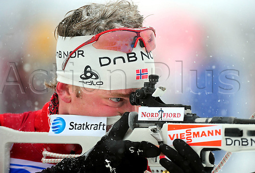 11.12.2010 Hochfilzen IBU Biathlon World Cup, Austria, 5km, using a rifle, Tarjei Boe NOR, close up