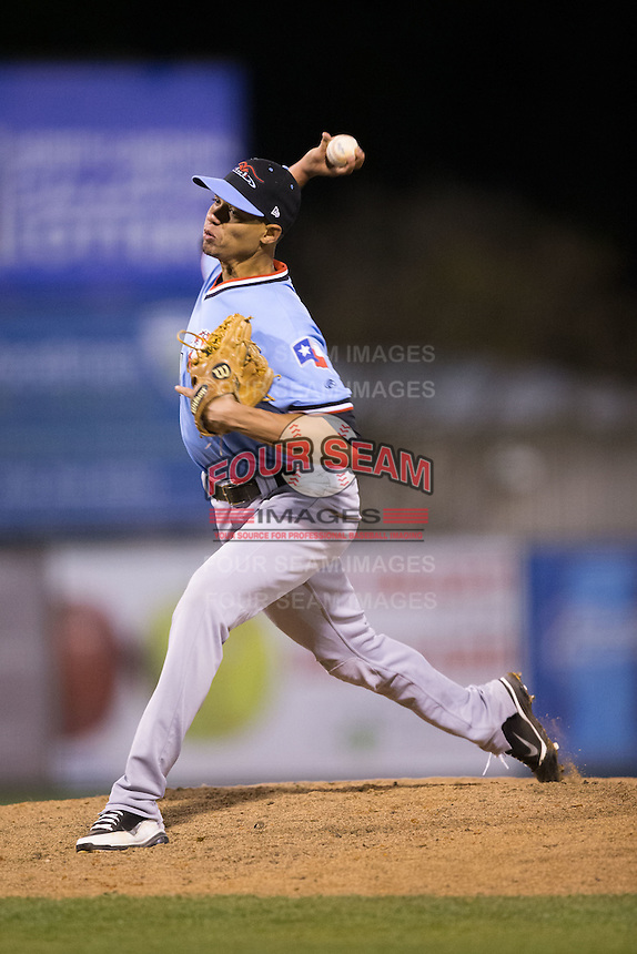 Hickory Crawdads relief pitcher Omarlin Lopez (11) in action against the Kannapolis Intimidators at Kannapolis Intimidators Stadium on April 9, 2016 in Kannapolis, North Carolina.  The Crawdads defeated the Intimidators 6-1 in 10 innings.  (Brian Westerholt/Four Seam Images)