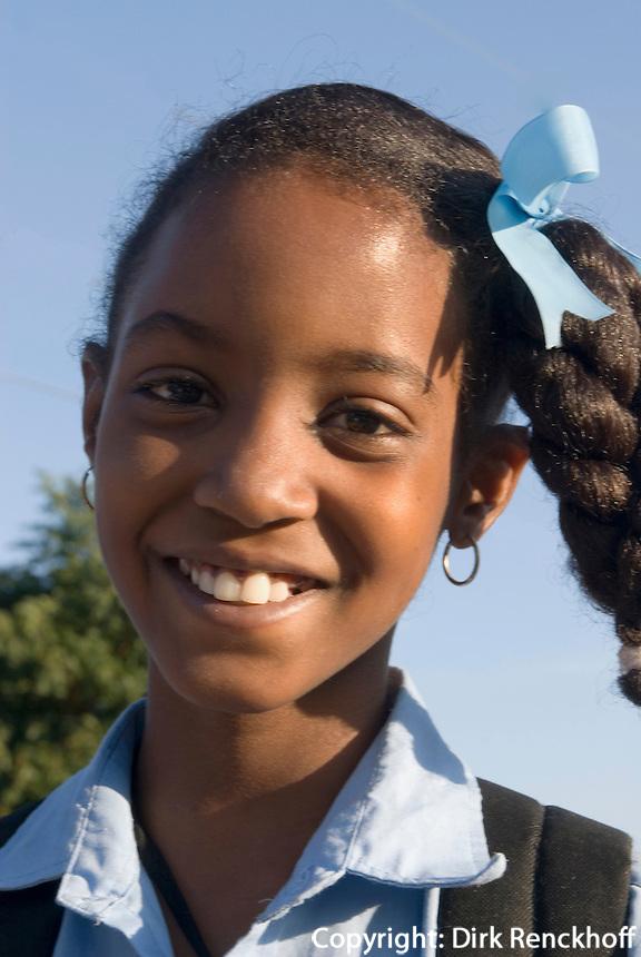 Schulkinder in Dorf am Lago Enriquillo, Dominikanische Republik
