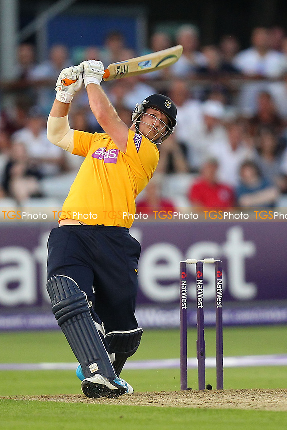 Six runs for Matt Coles of Hampshire - Essex Eagles vs Hampshire CCC - NatWest T20 Blast Cricket at the Essex County Ground, Chelmsford, Essex - 22/07/14 - MANDATORY CREDIT: Gavin Ellis/TGSPHOTO - Self billing applies where appropriate - contact@tgsphoto.co.uk - NO UNPAID USE