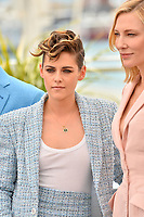 Kristen Stewart &amp; Cate Blanchett at the photocall for the Cannes Jury at the 71st Festival de Cannes, Cannes, France 08 May 2018<br /> Picture: Paul Smith/Featureflash/SilverHub 0208 004 5359 sales@silverhubmedia.com
