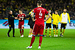 10.11.2018, Signal Iduna Park, Dortmund, GER, 1.FBL, Borussia Dortmund vs FC Bayern M&uuml;nchen, DFL REGULATIONS PROHIBIT ANY USE OF PHOTOGRAPHS AS IMAGE SEQUENCES AND/OR QUASI-VIDEO<br /> <br /> im Bild | picture shows:<br /> nach dem Spiel ist Niklas Suele (Bayern #4) entt&auml;uscht &uuml;ber die Niederlage, <br /> <br /> Foto &copy; nordphoto / Rauch